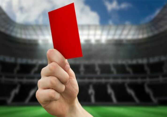 david-pratt-who-was-sent-off-by-referee-justin-amey-for-a-dangerous-tackle-three-seconds-after-kickoff-setting-the-new-world-record-for-the-fastest-red-card-in-senior-soccer